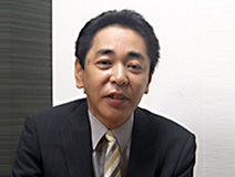 営業次長 山田